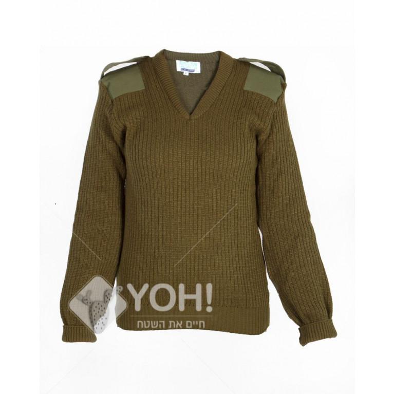 """סוודר סריג צבאי לחיילים תקני צה""""לי עם טלאים בצבע זית"""