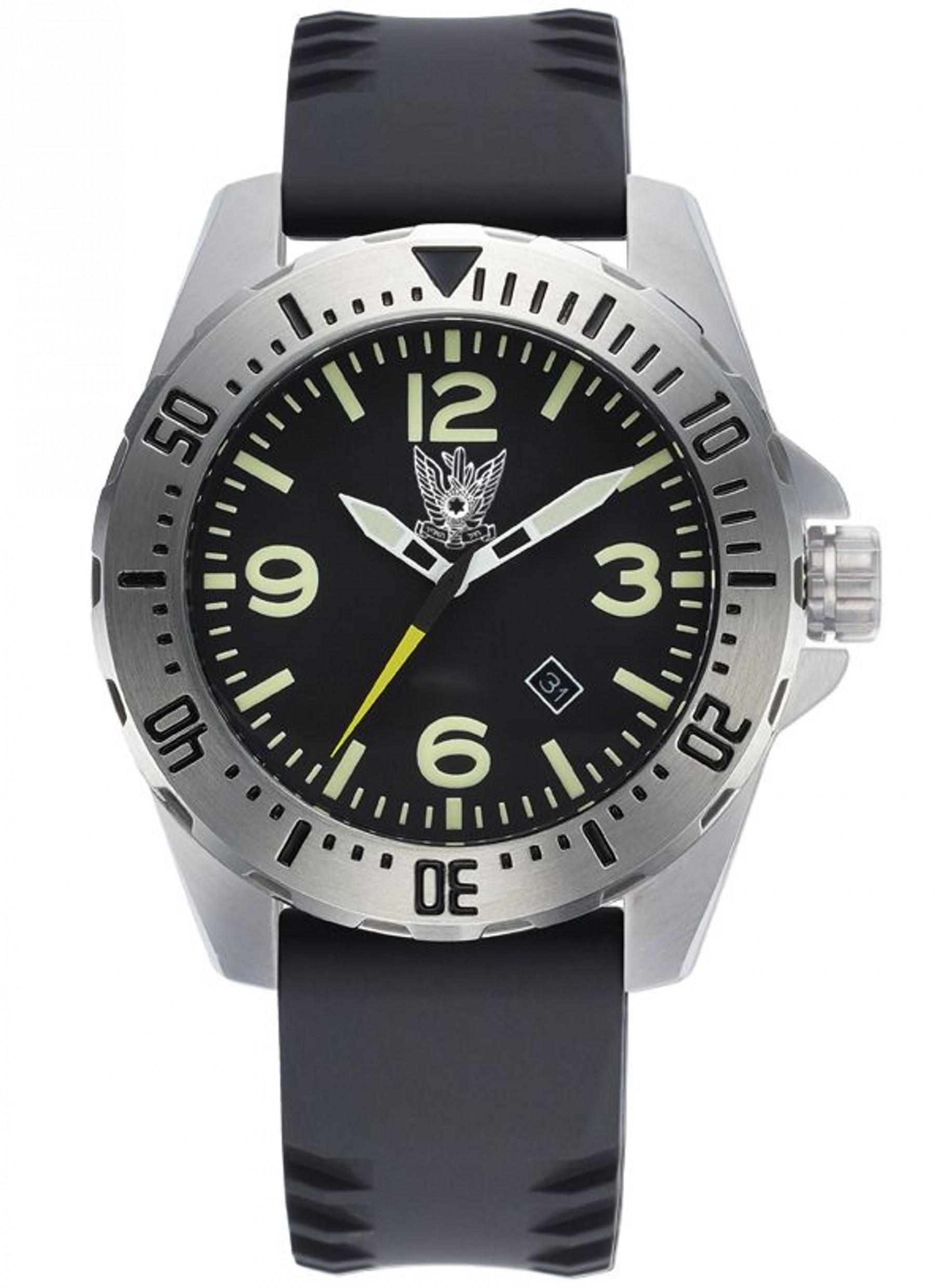 שעון צלילה עם סמל של חיל אוויר